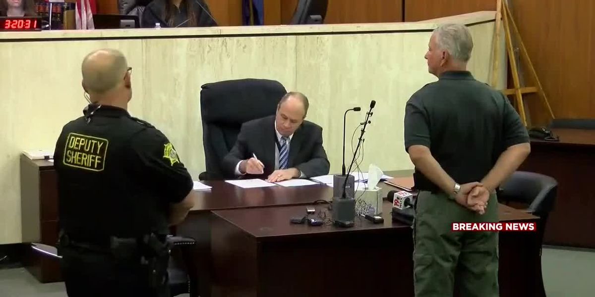 Florence County sheriff appears in court