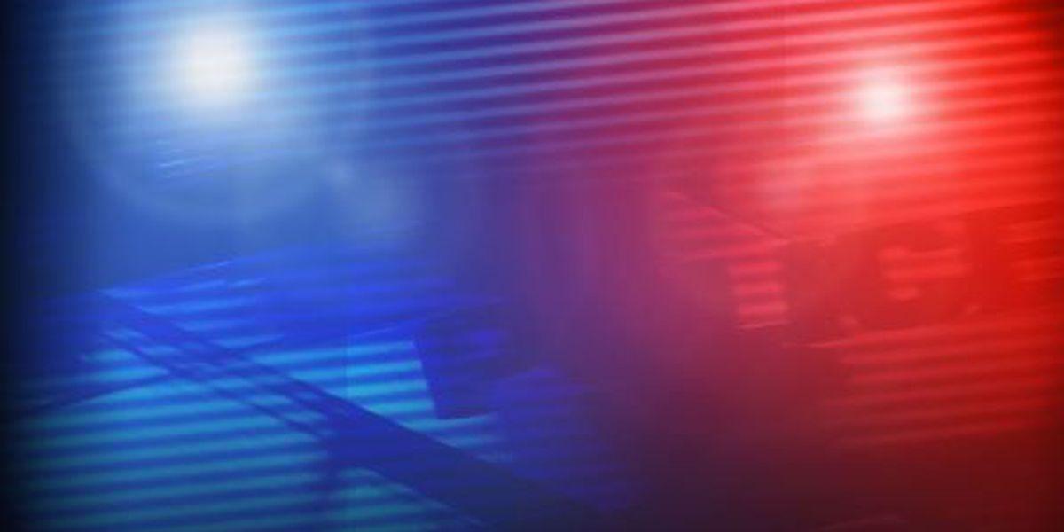 Rescue crews respond to victim shot in leg at Murrells Inlet bar