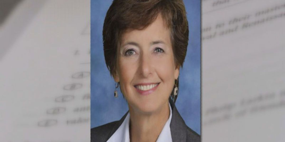 Resigning HCS superintendent to receive severance package worth nearly $430,000