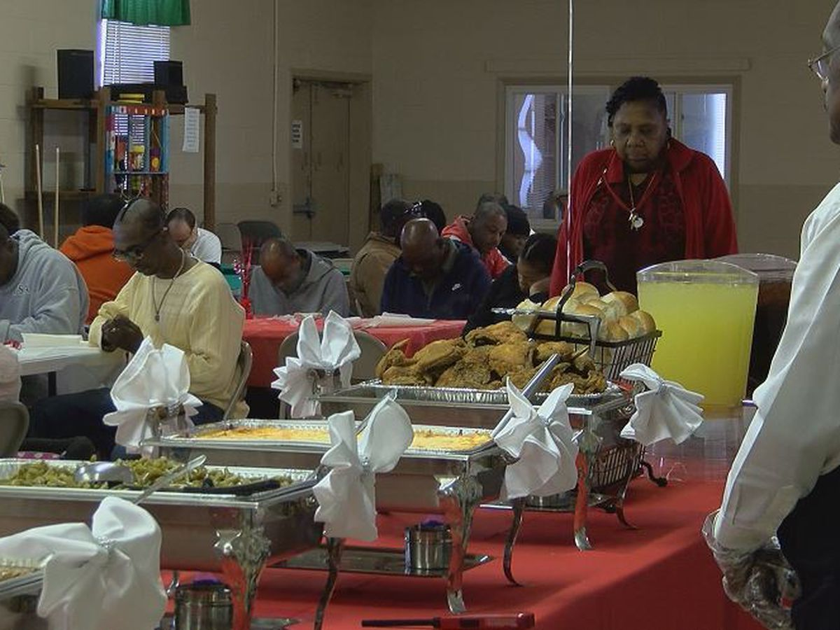 Florence organization hosts Valentine's Day dinner for homeless, honors lost loved ones