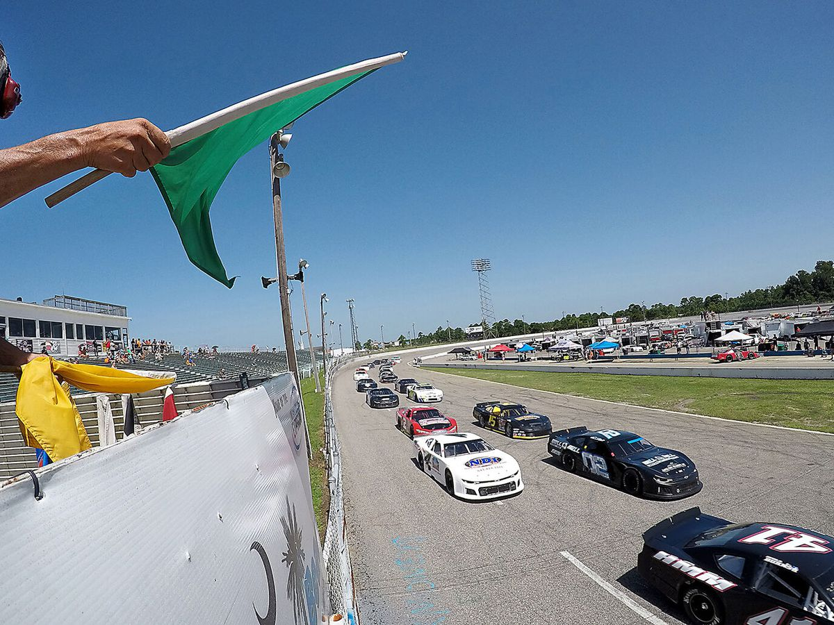 Longtime fans, racers prepare to say goodbye to Myrtle Beach Speedway