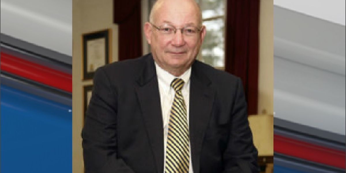 President of Francis Marion University gets contract extension in unanimous vote