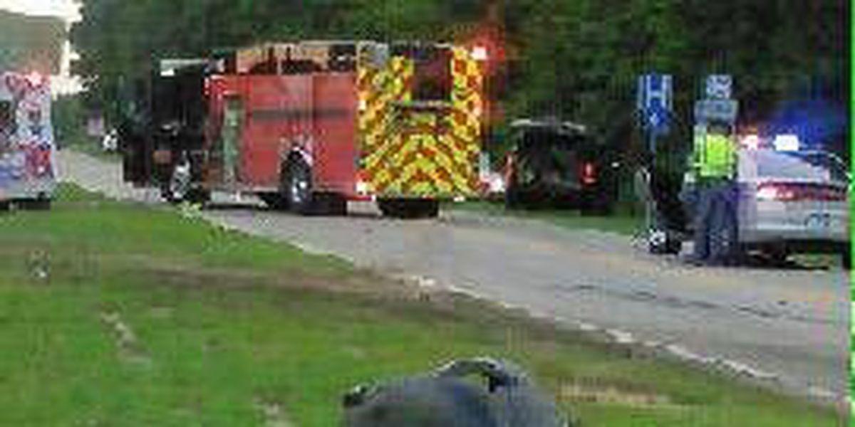 Coroner identifies 2 people killed in crash involving 18-wheeler near Hartsville