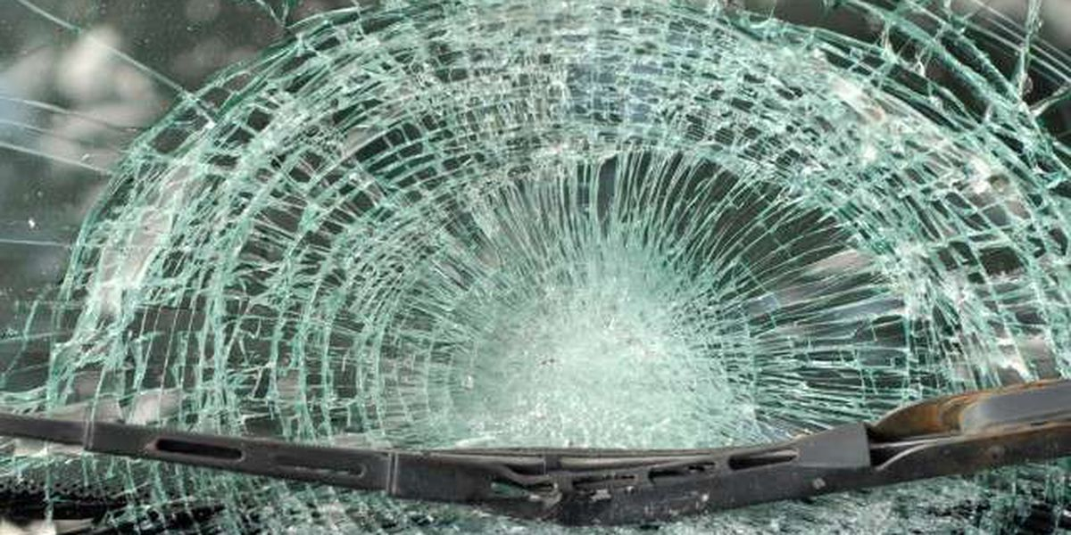 RIGHT NOW: Two People Hurt in Horry County Crash