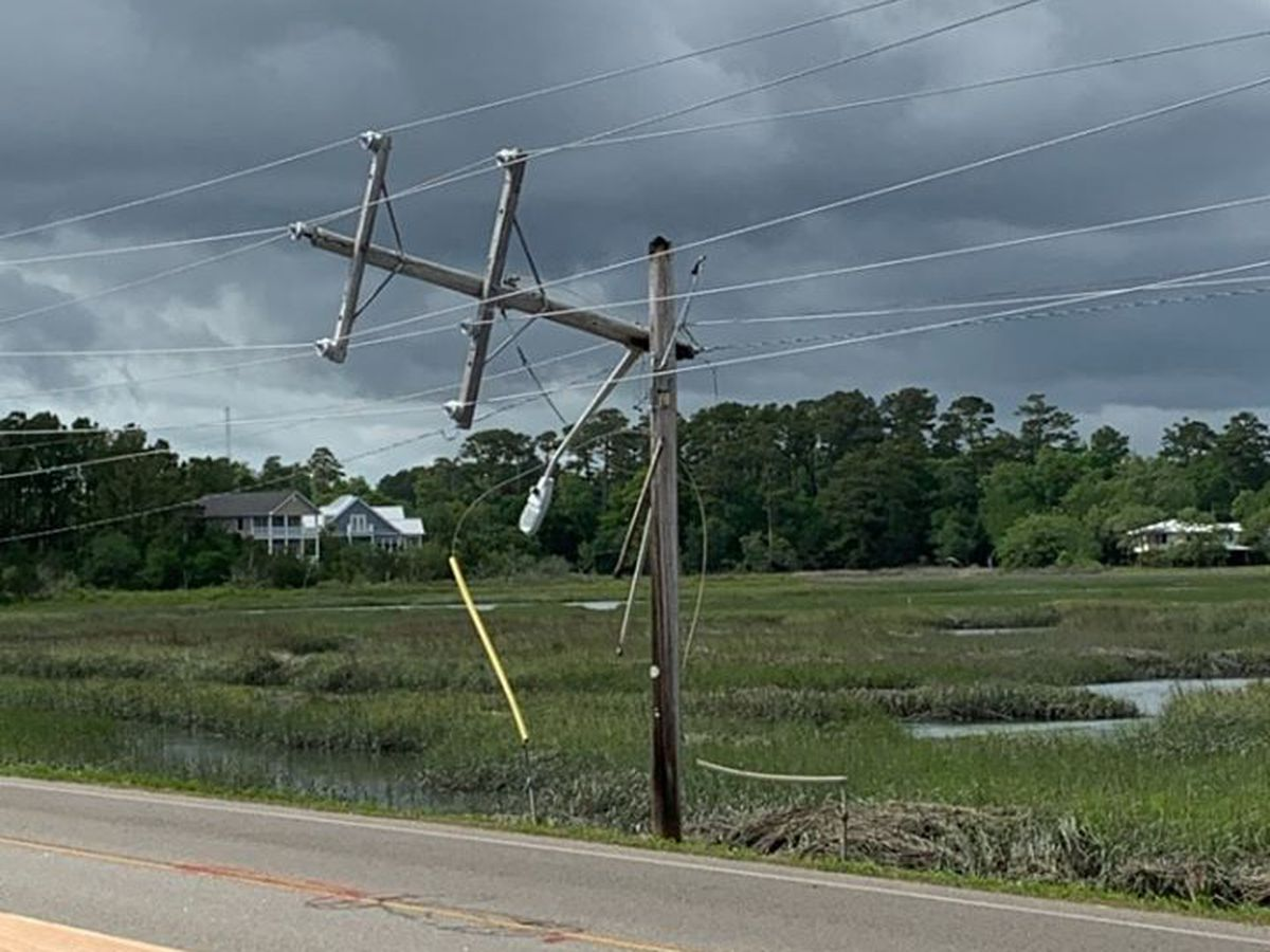 Portion of Atlantic Ave. in Garden City closed due to snapped power line