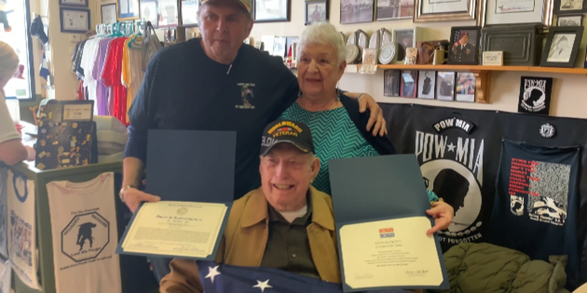 95-year-old Normandy Beach vet honored with Myrtle Beach quilt of valor