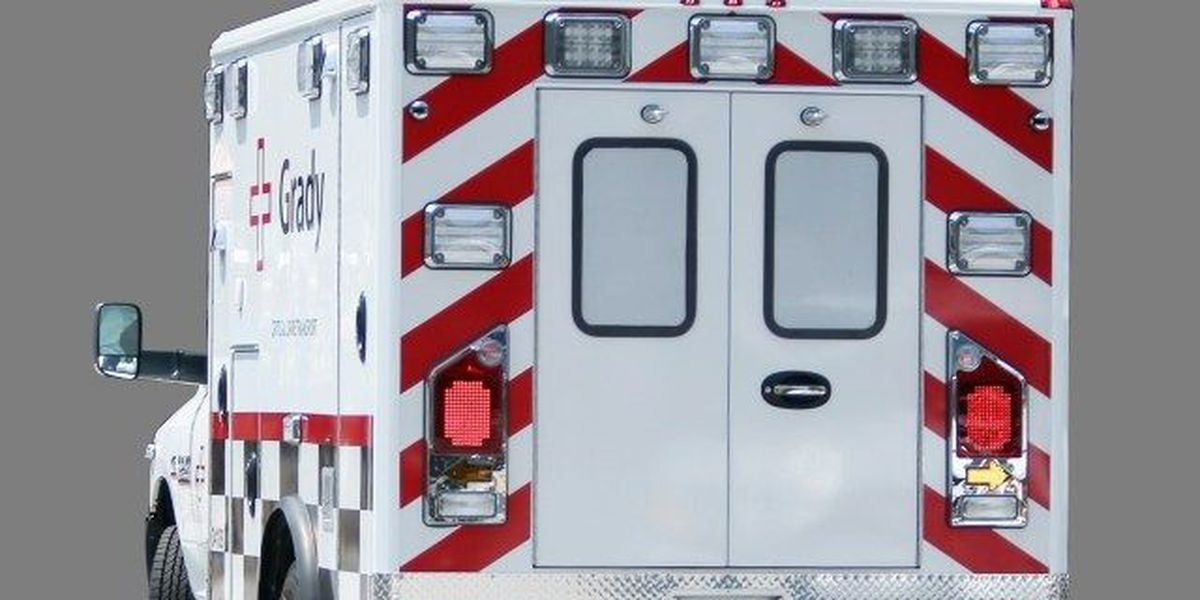 Vehicle crashes into house near Loris, one airlifted