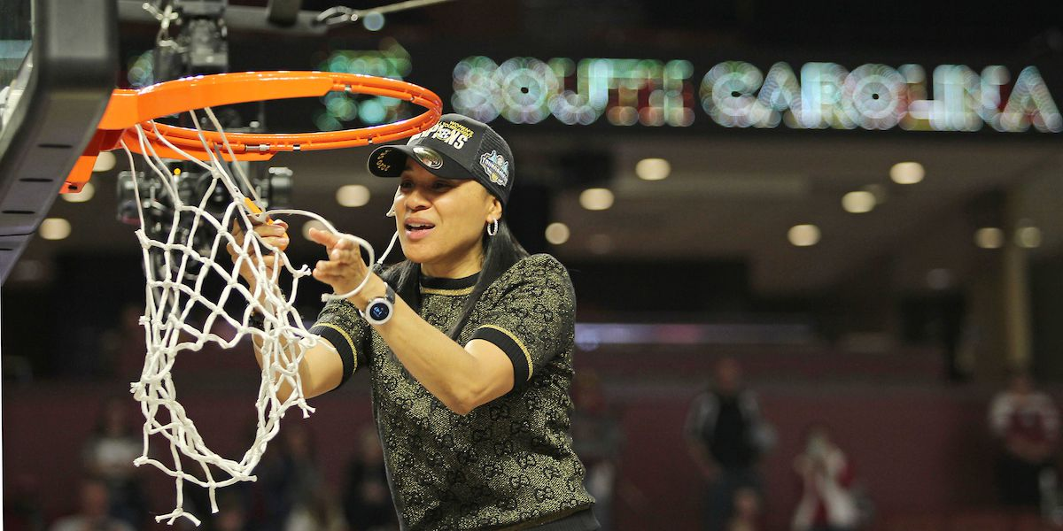 Dawn Staley named AP National Coach of the Year