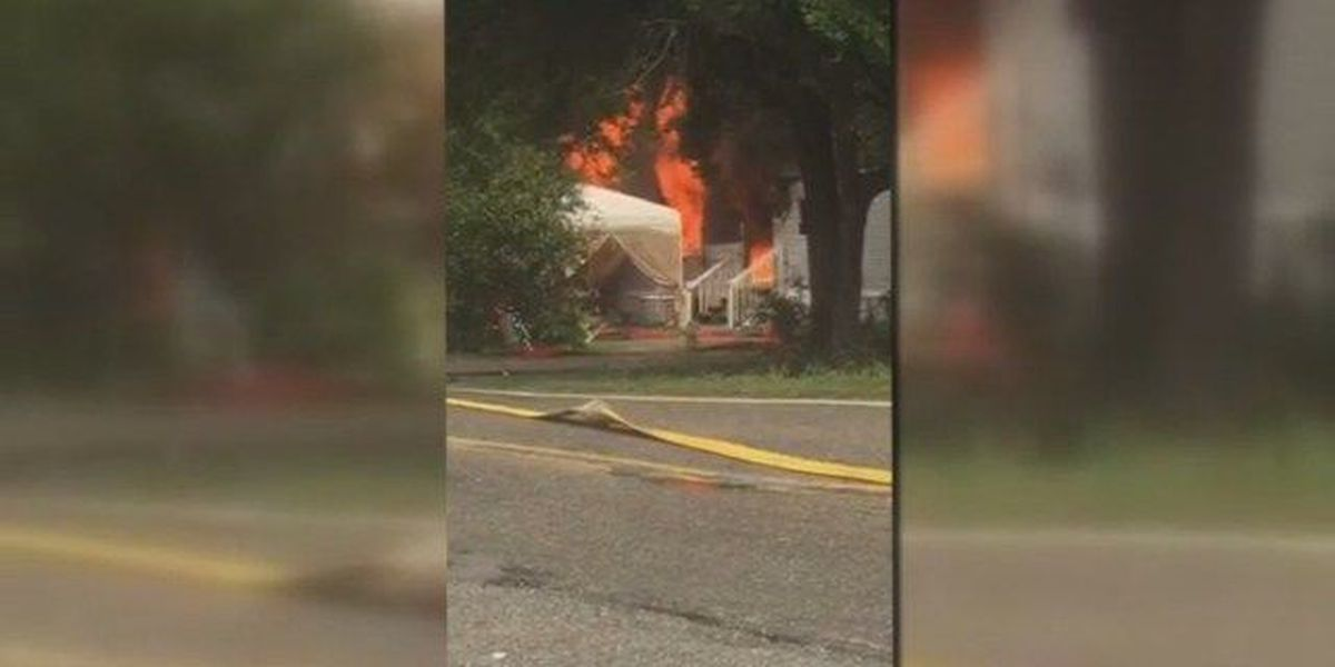 No injuries reported in Pawleys Island house fire