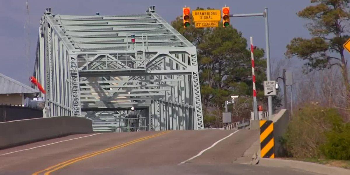 TRAFFIC ALERT: Lane closures happening on Barefoot swing bridge, S.C. 544