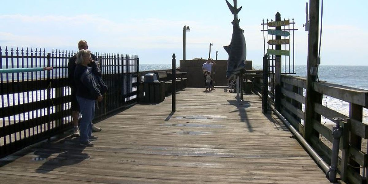 After Matthew: Plans in motion to rebuild Surfside Beach, Springmaid piers