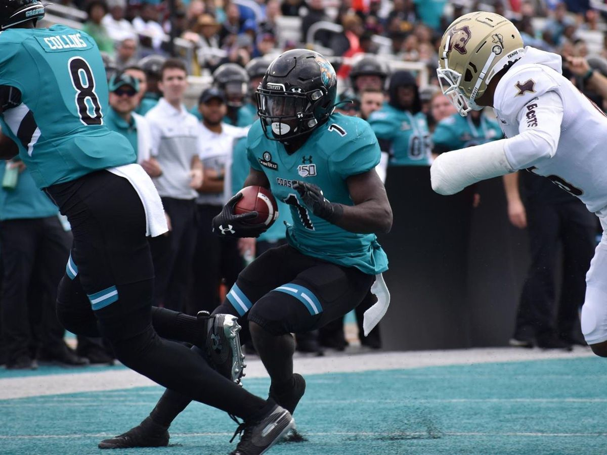 Marable leads Coastal Carolina past Texas State 24-21