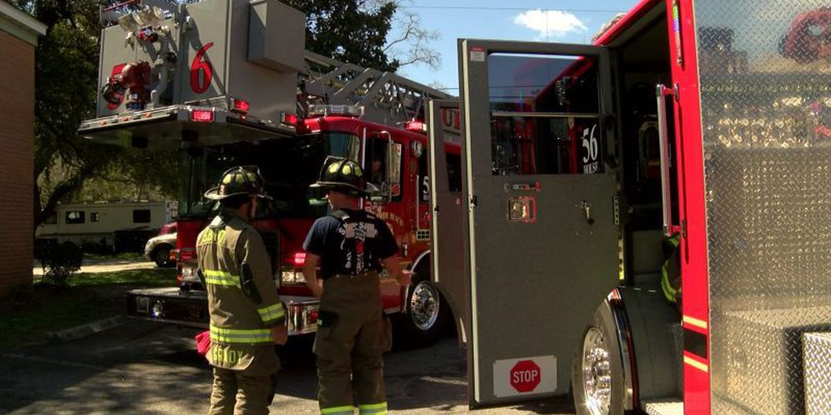Firefighters find smoke in Surfside Beach apartment