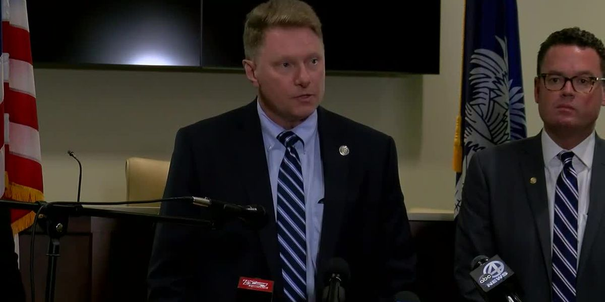 RAW VIDEO: Authorities hold news conference on investigation into postal employee's death