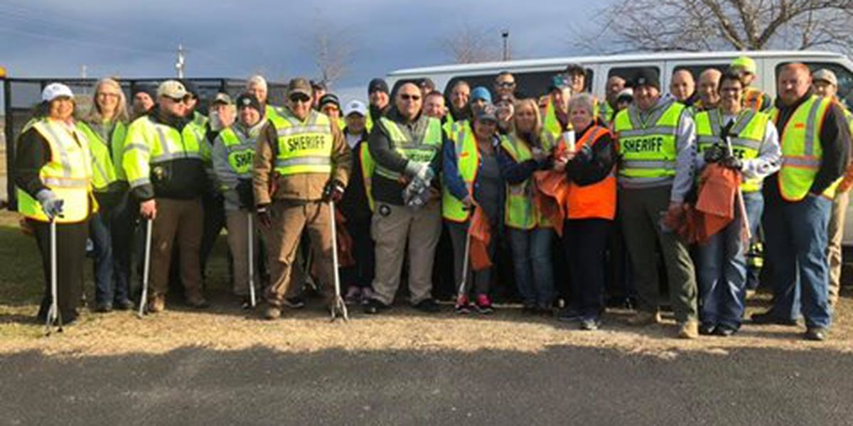 'We can't do it alone': Robeson County Sheriff kicks off litter pickup program