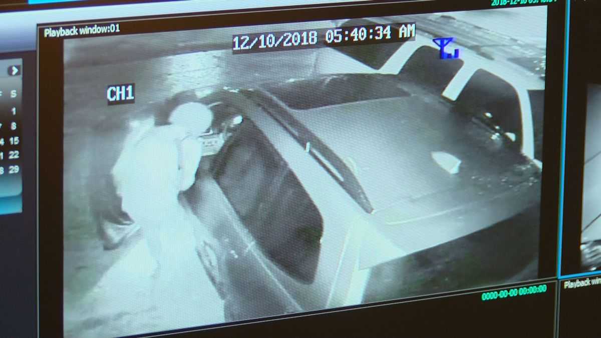 Spring Lake residents concerned following string of car break-ins