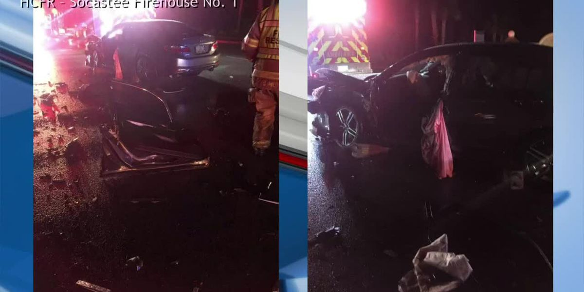 Socastee area crash leaves person trapped in car