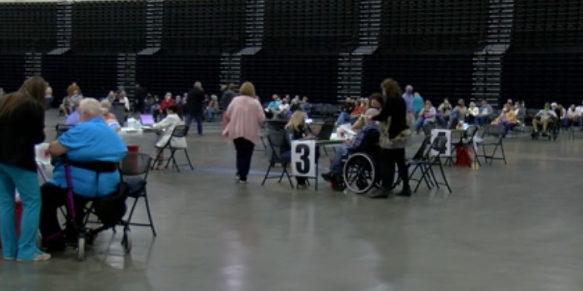 Thousands get first dose of COVID-19 vaccine at Myrtle Beach Convention Center