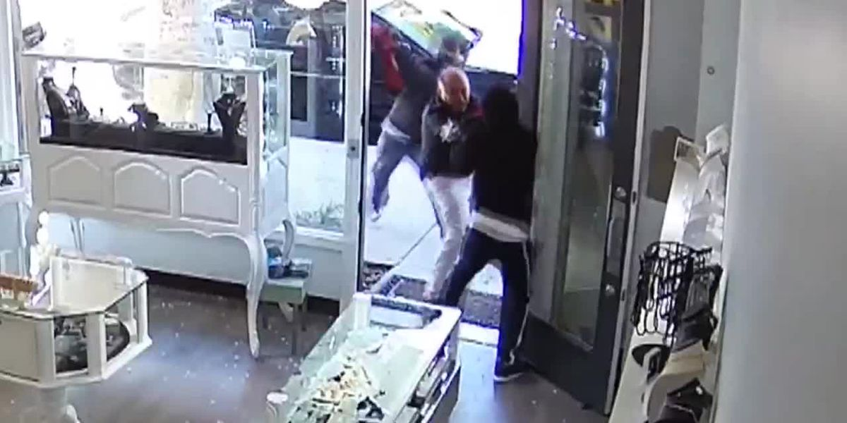 Owner of 'Heist Jewelry' hit with sledgehammer, still fights off robbers