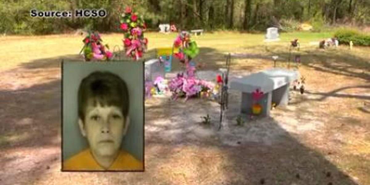 Woman accused of stealing from child's grave