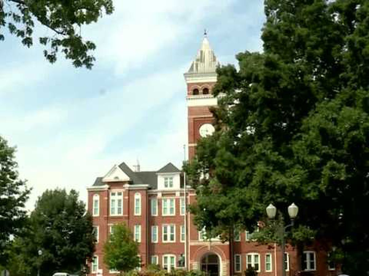 Clemson University instruction going online-only after Thanksgiving holiday