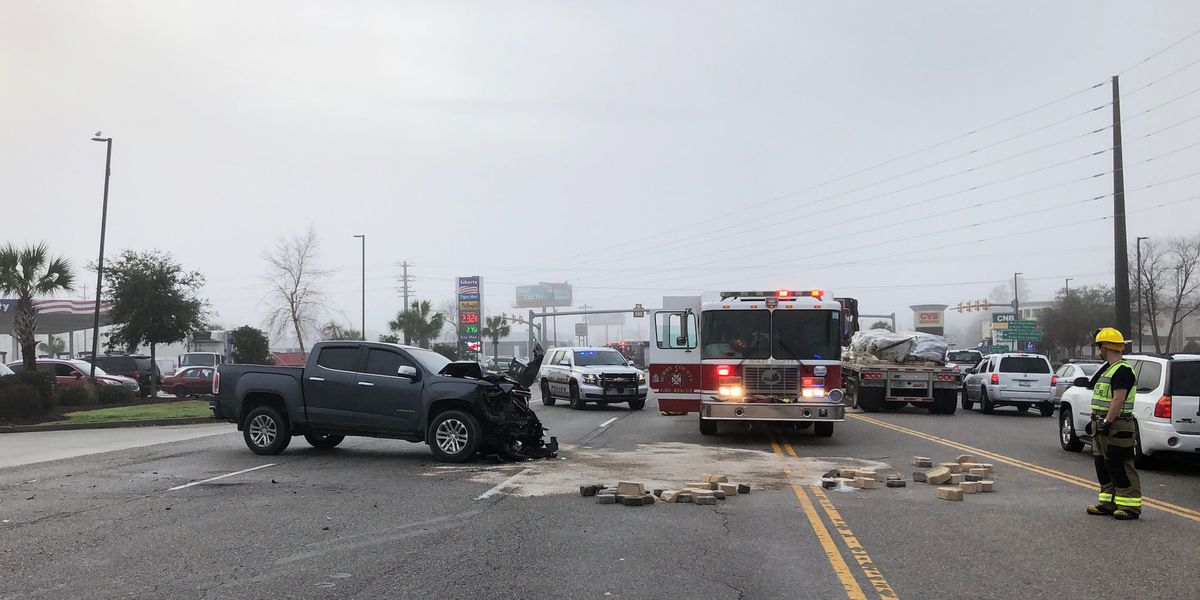 One injured in Longs crash involving tractor-trailer, pickup truck