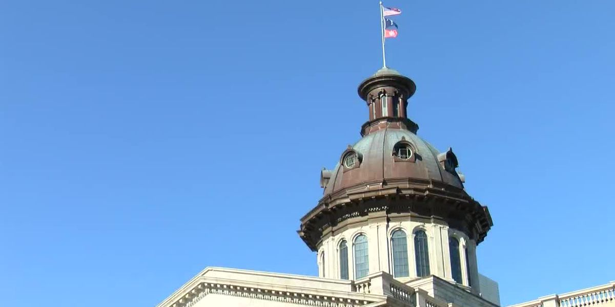 'Our state becomes increasingly sick': Local lawmaker calls for statewide mask mandate