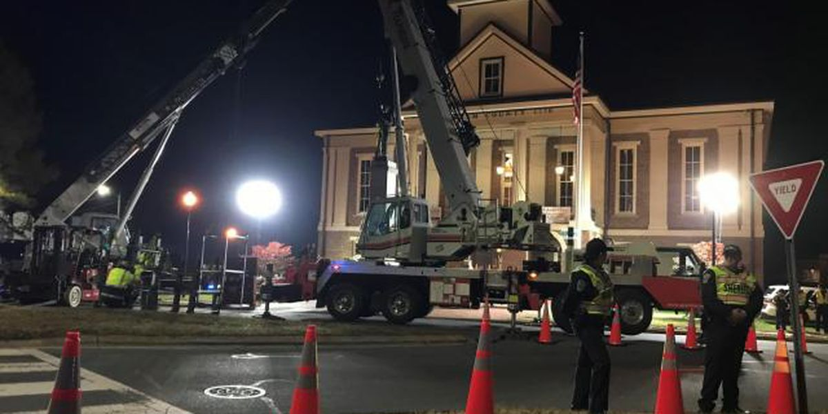 Crews remove Confederate monument outside N.C. courthouse