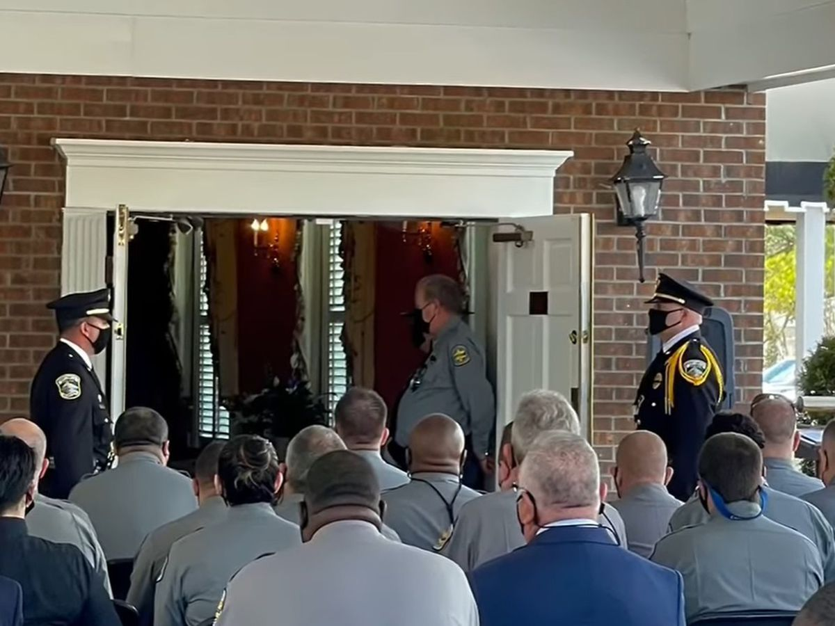 Friends, family bid final farewell to Horry County corrections officer killed in crash