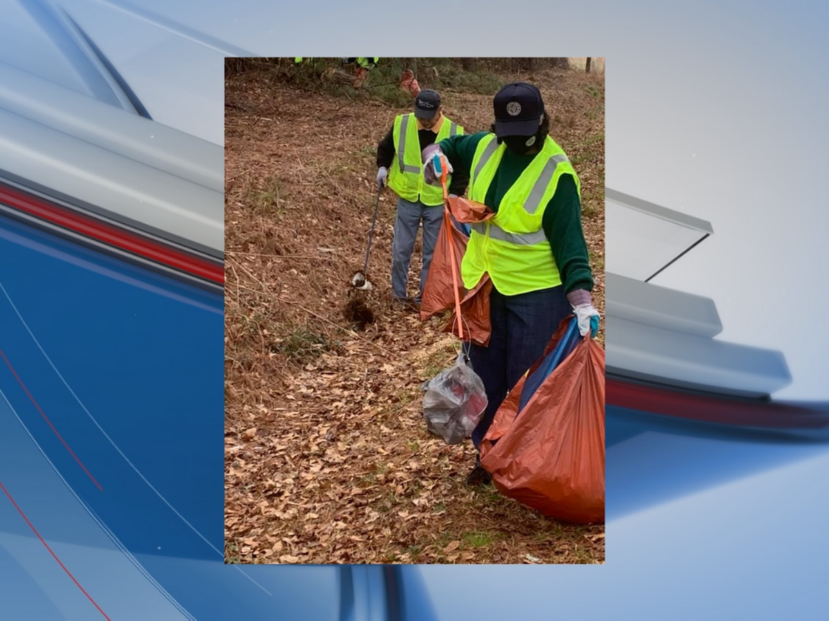 Officials, volunteers gather to help pick up trash in Robeson County