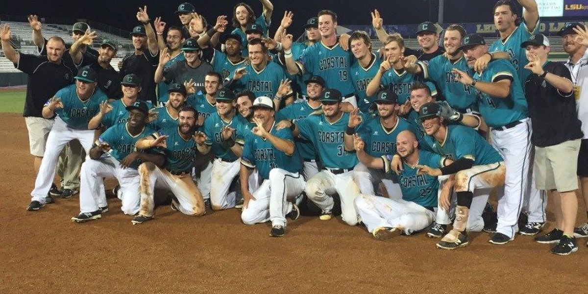 Family members show pride for CCU Baseball team