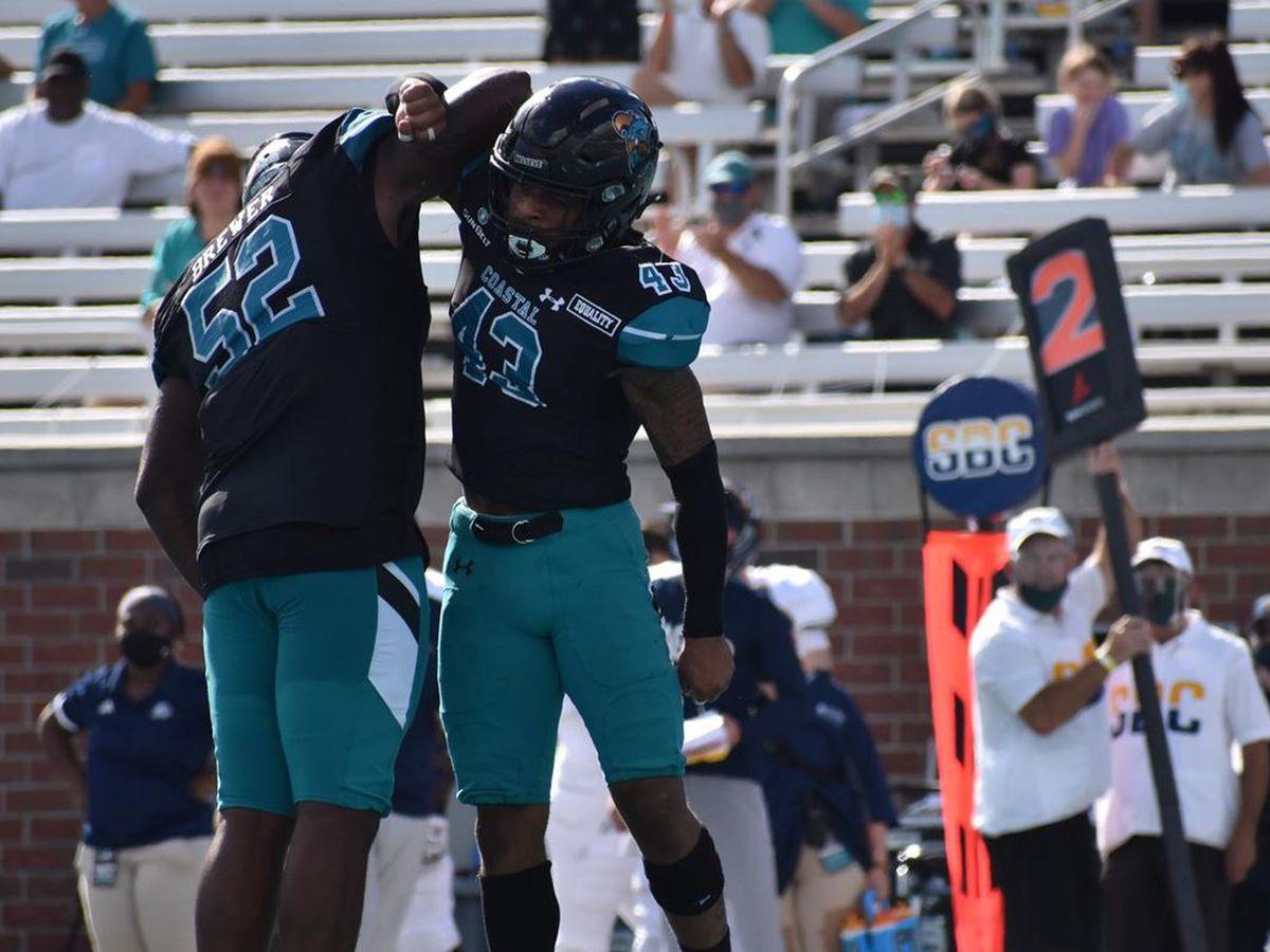 Coastal Carolina football climbs in AP Top 25 ranking