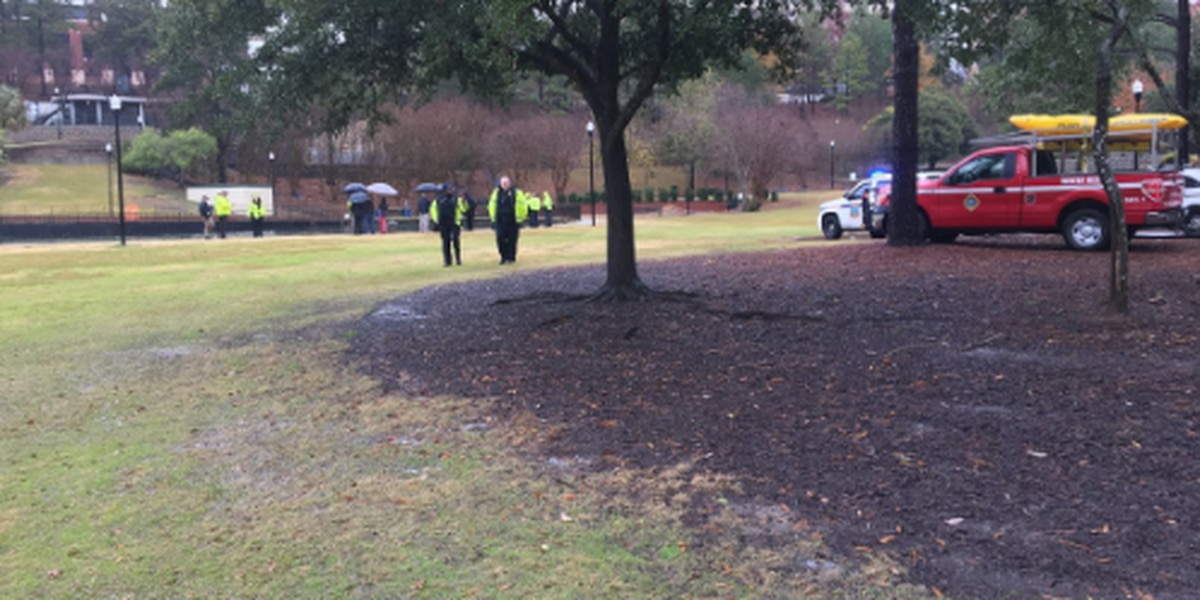 Coroner: Body found in South Carolina pond showed no trauma