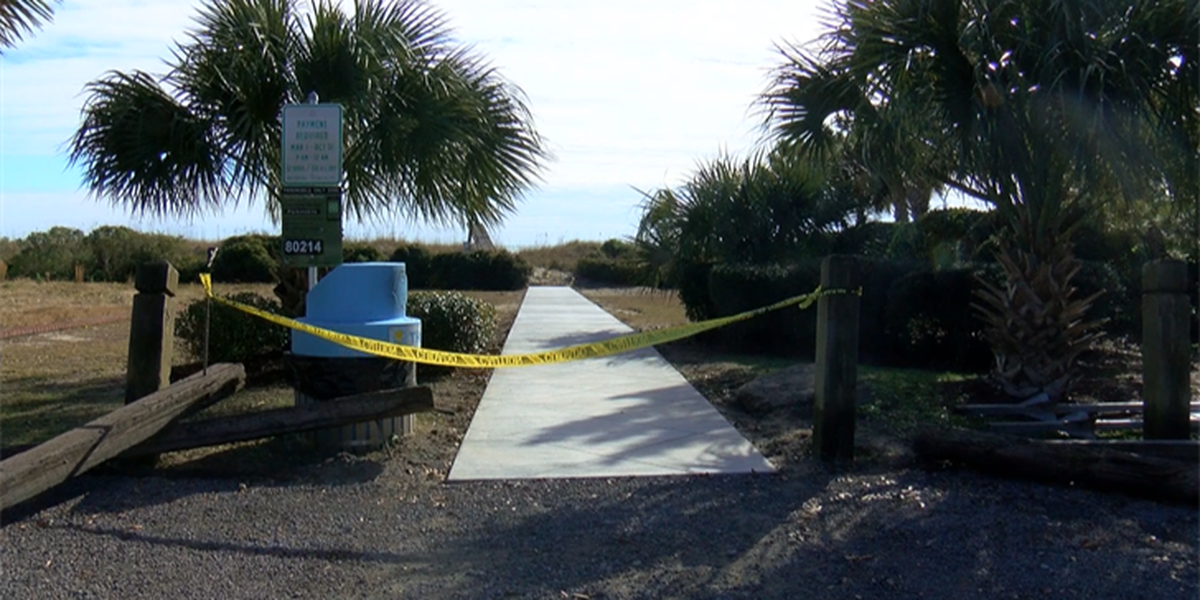 Myrtle Beach repairing and replacing some dune crossovers