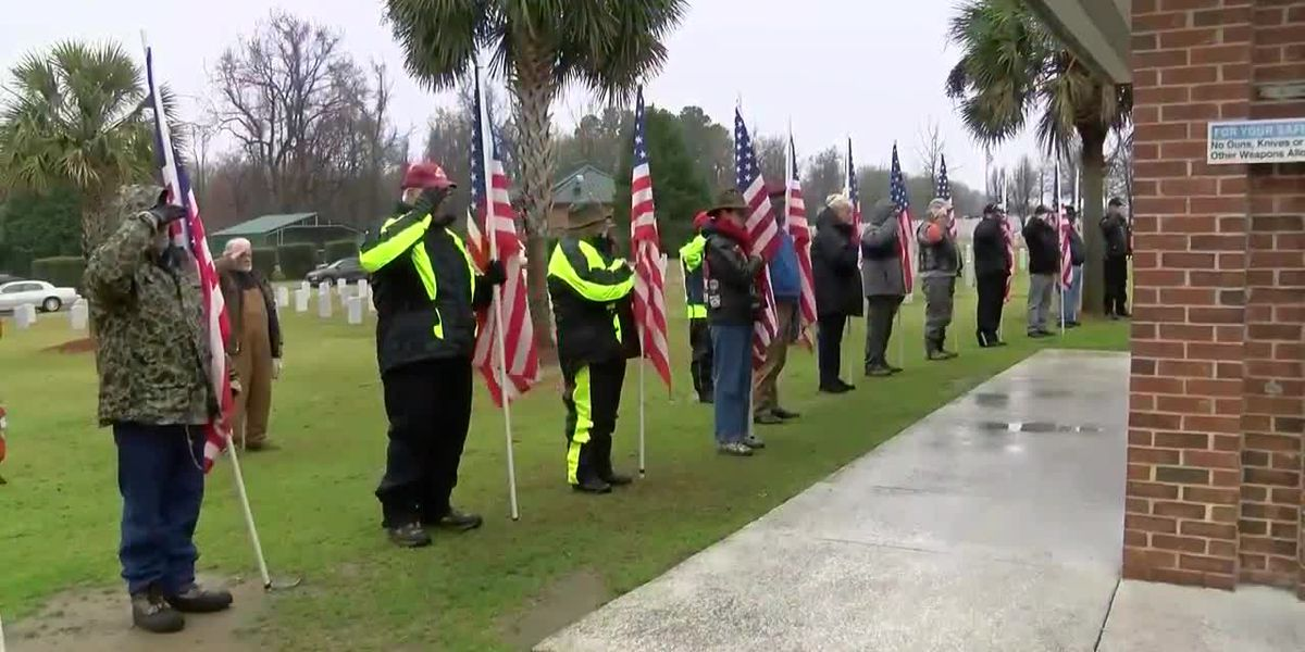 Unclaimed vets buried in Florence
