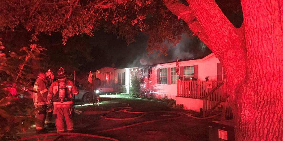 Four children, two adults escape early morning home fire