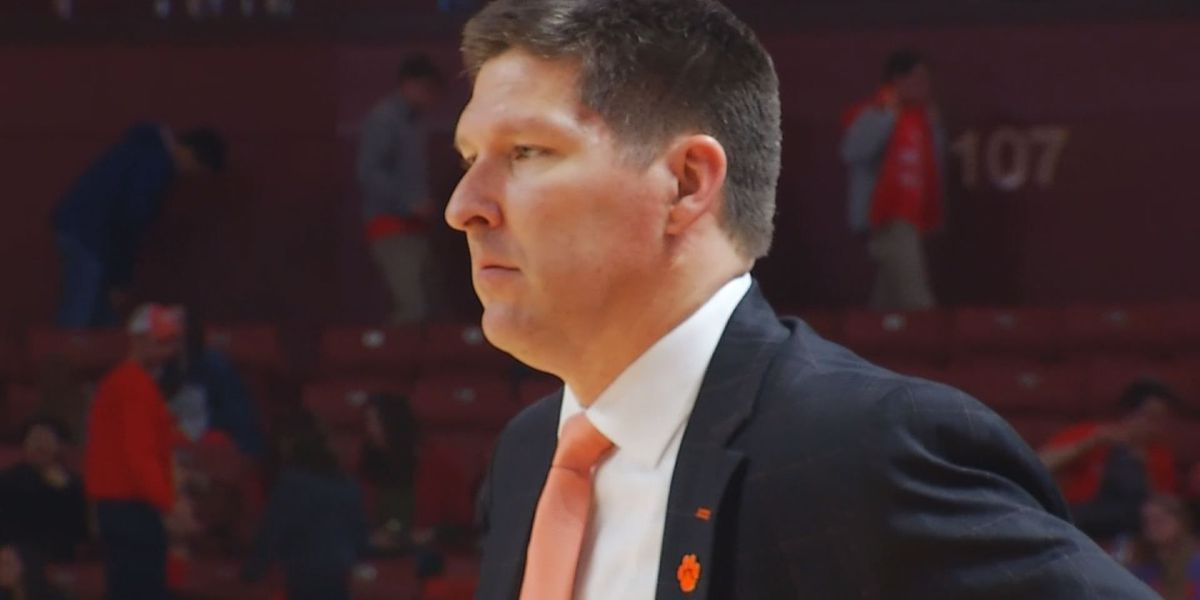 Clemson Basketball picked 11th in ACC, Blossomgame on first team