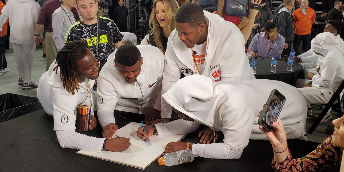 Clemson, LSU enjoy Media Day ahead of national title game