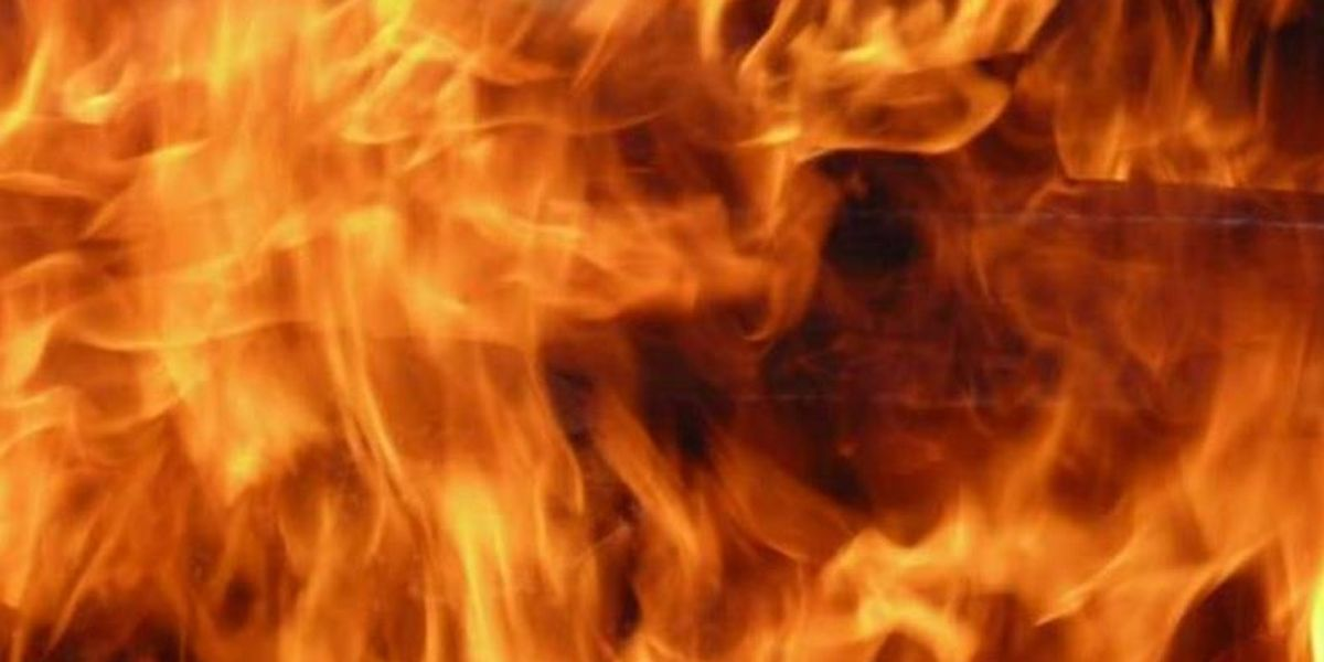 1 dead after structure fire in Red Springs, officials say