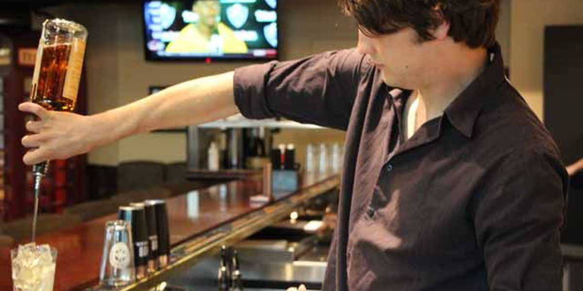 SC bill would require online training course for bartenders, servers