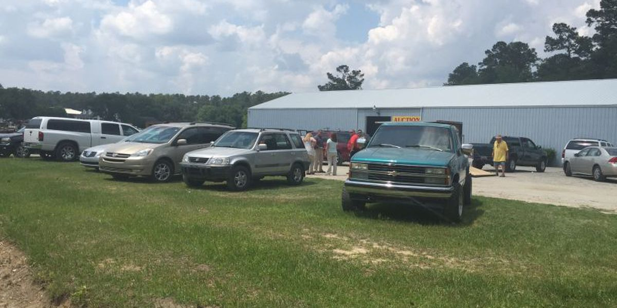 Police respond to report of shots fired near Conway auction company