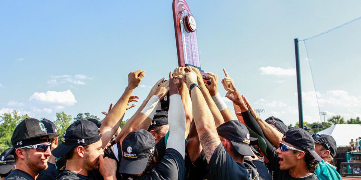 Students, fans, community to send CCU baseball off to NCAA Regionals