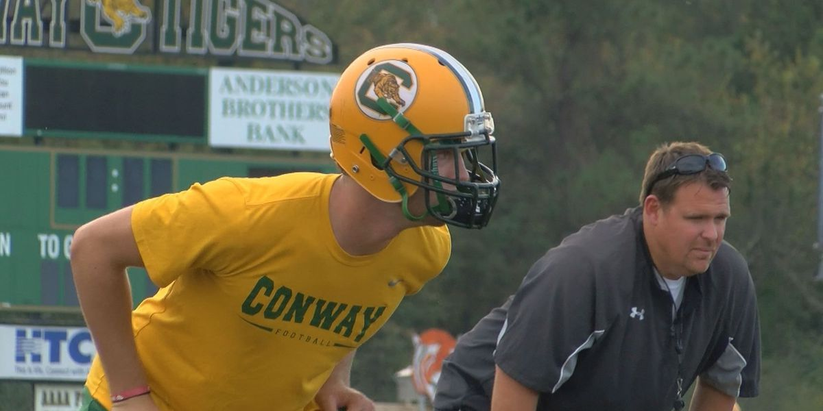 Conway High football player becoming a leader of men