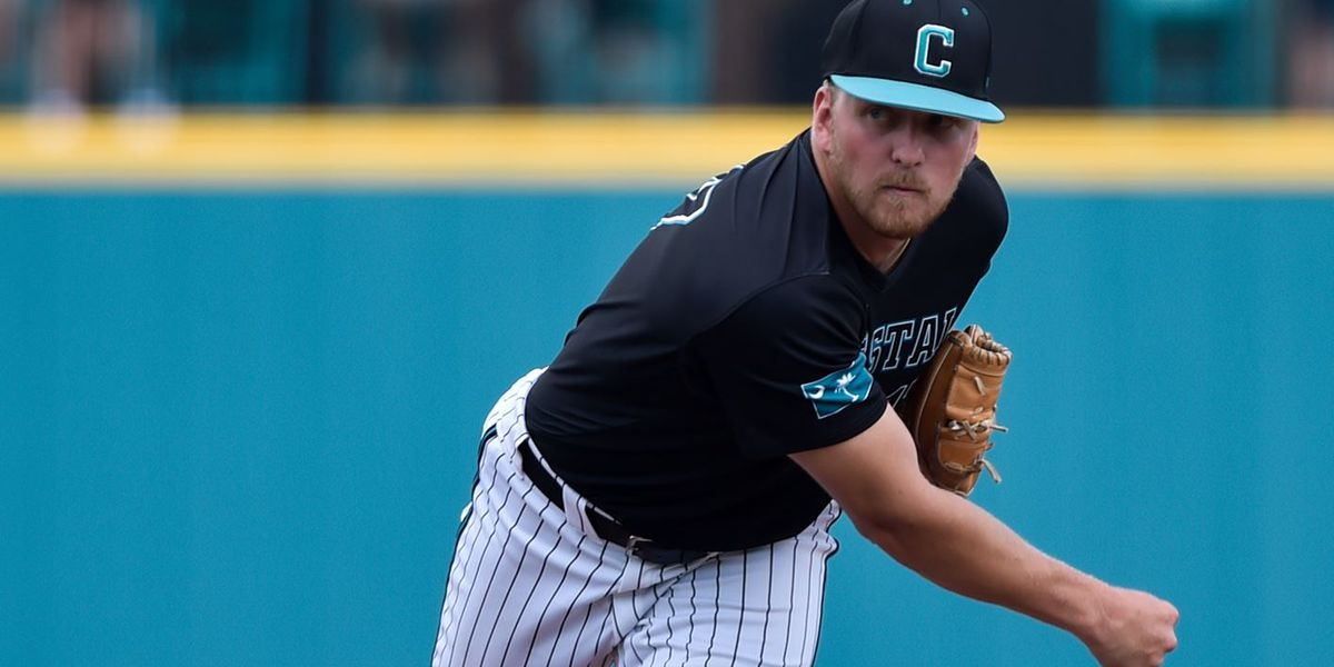 Chants even series with 8-4 win over Georgia State