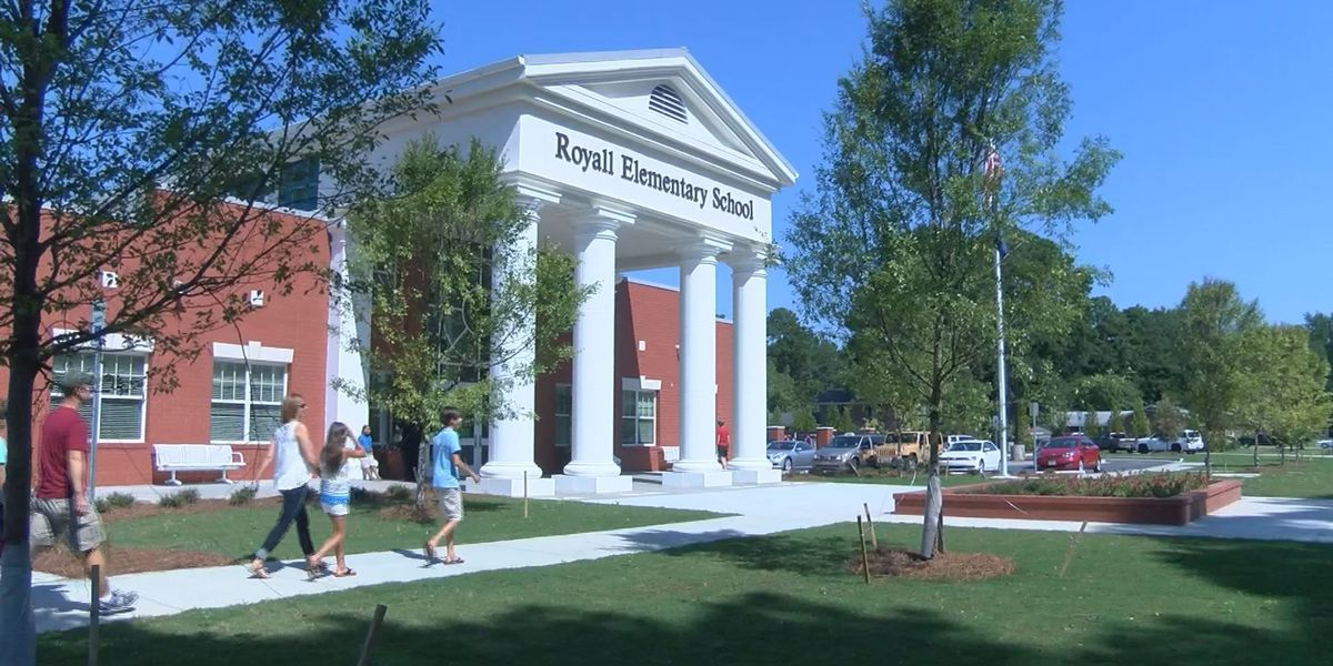 Royall Elementary in Florence receives new school facility