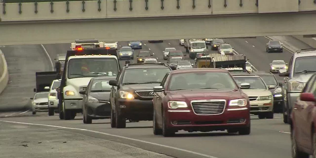Alabama House approves fines for left-lane lingering drivers