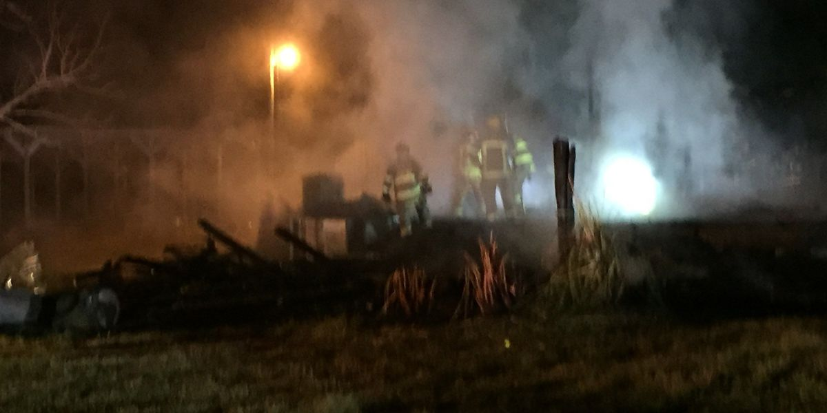 Hundred-year-old Aynor farmhouse gutted by fire