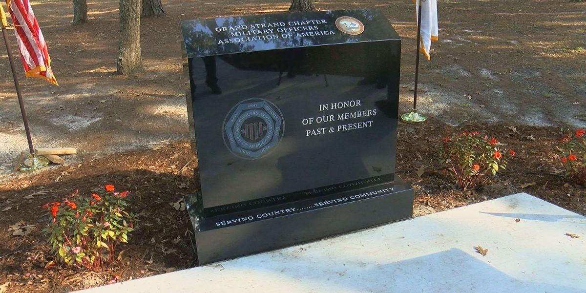 New monument honoring military members unveiled at Warbird Park