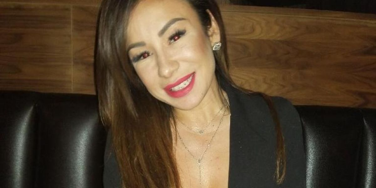 Woman in coma after traveling to Mexico for cheap plastic surgery