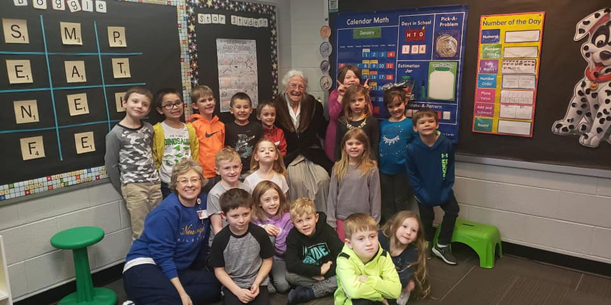 103 year-old visits great great grandaughter for 103rd day of school